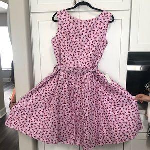 Dresses & Skirts - Fun Martini print dress- VERY flattering!